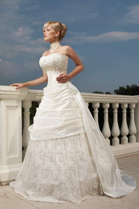 Свадебное платье большие сиськи