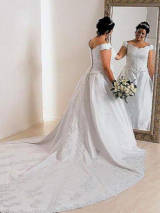 Свадебное платье с рук