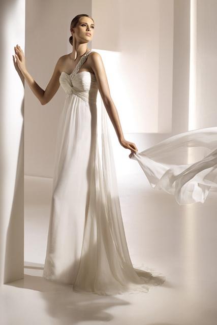 Свадебные платья PRONOVIAS 2010 в Гомеле. Свадебный салон Alexis