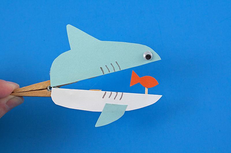 прищепка акула