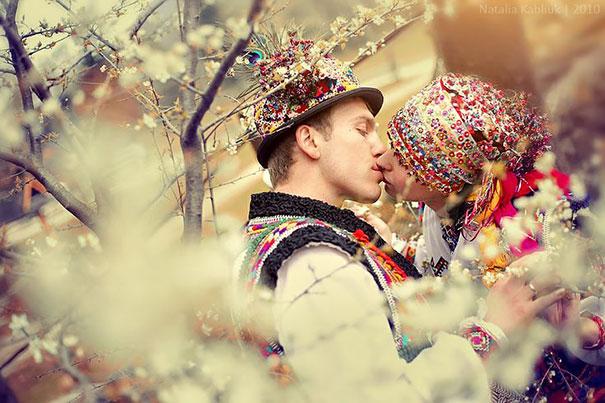 свадьба в национальных украинских костюмах