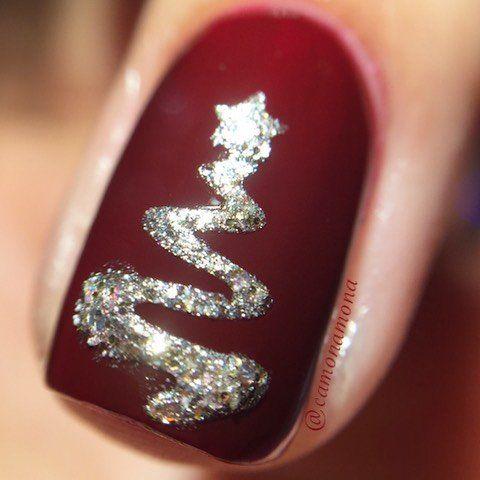 Елочка на безымянном пальце на ногте