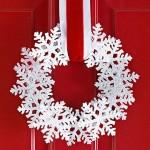 Снежинки в Рождественском венке