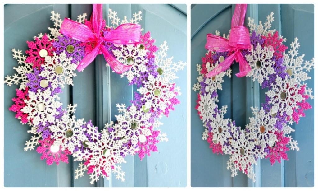Рождественский венок на дверь из разноцветных снежинок.