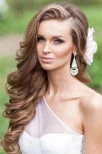Невеста, свадебная прическа