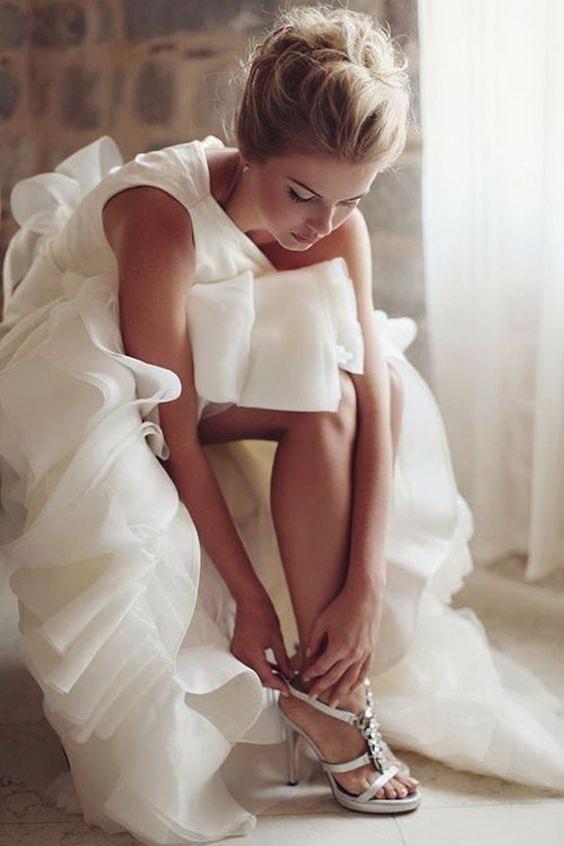 Невеста и босоножки