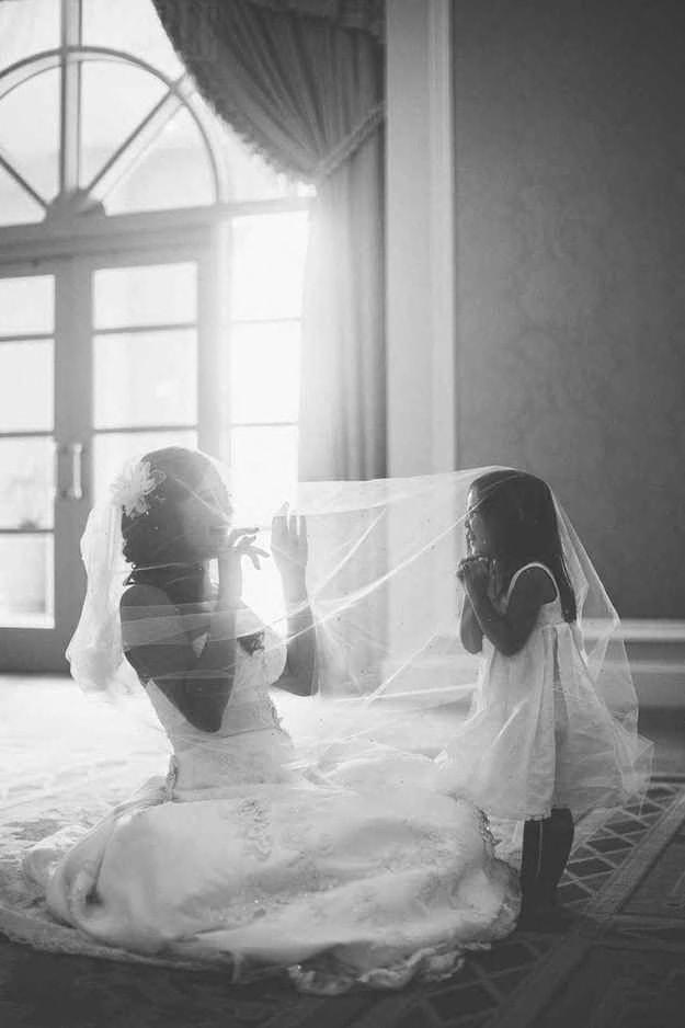 Невеста с девочкой