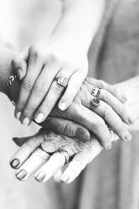 Фото женских рук